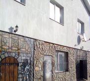 Продаж | Будинки, котеджі - Хмельницький,  Вінницьке шосе Цiна: 5 000 000грн. 189 787 $169 513 €(за курсом НБУ) Кількість кімнат:  4 Площа:  700 кв.м. - Будинки, котеджі на DIM.KM.UA