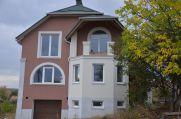 Продаж | Будинки, котеджі - Хмельницький,  Озeрна Цiна: 1 683 500грн. 63 435 $53 677 €(за курсом НБУ) Кількість кімнат:  7 Площа:  245 кв.м. - Будинки, котеджі на DIM.KM.UA
