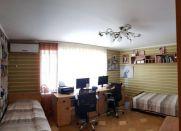 Продаж | Квартири - Хмельницький,  Південно-Захід,  Молодiжна (поліклініка) Цiна: 1 430 000грн. торг59 708 $54 167 €(за курсом НБУ) Кількість кімнат:  3 Площа:  125/65/15 кв.м. - Квартири на DIM.KM.UA